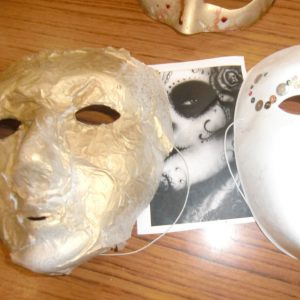 2011_workshops_masks_photo